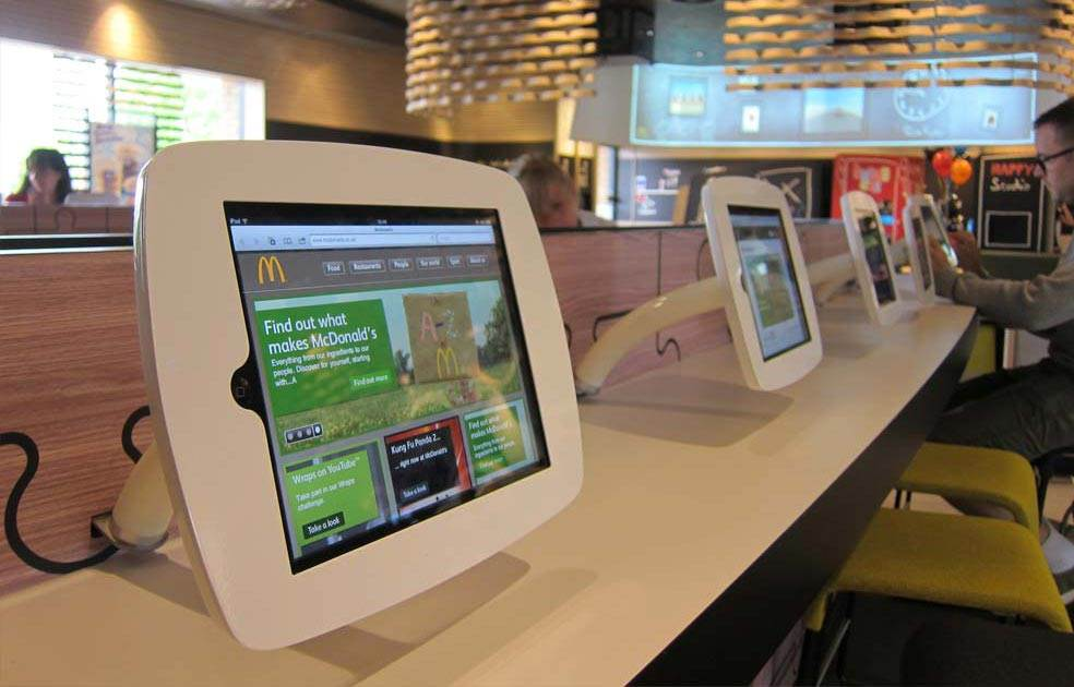 self-service-fast-food-kiosk